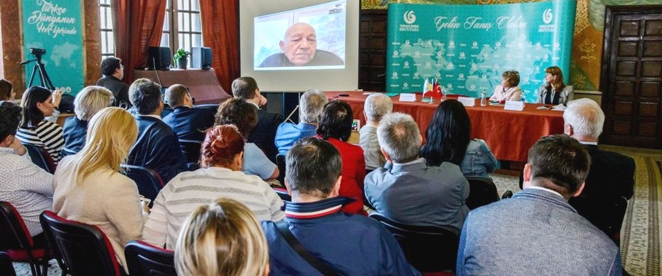 Köstence'de Kemal Karpat konferansı